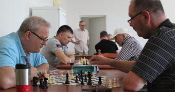 Sakk: izzasztó küzdelem a nyári rapid versenyen